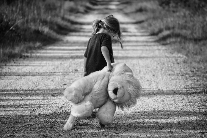 parenting through a divorce - halfhalfparenting.com